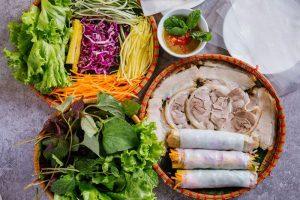 Bánh tráng cuốn thịt heo Đà Nẵng - món ngon khó lòng bỏ qua