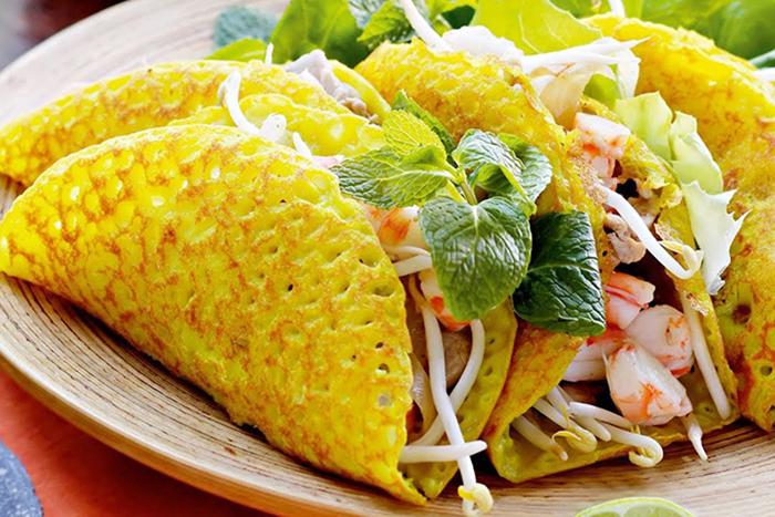 Bánh xèo - đặc sản Đà Nẵng không thể bỏ qua