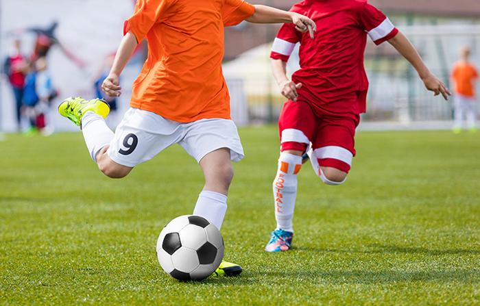 Bóng đá - môn thể thao phổ biến ở Việt Nam được yêu thích