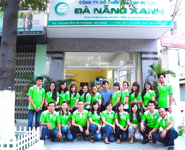 Trụ sở và đội ngũ nhân viên của công ty Green Tour Đà Nẵng