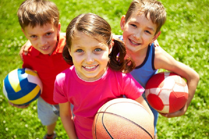 Chơi thể thao đem lại những lợi ích không ngờ cho sự phát triển của trẻ em